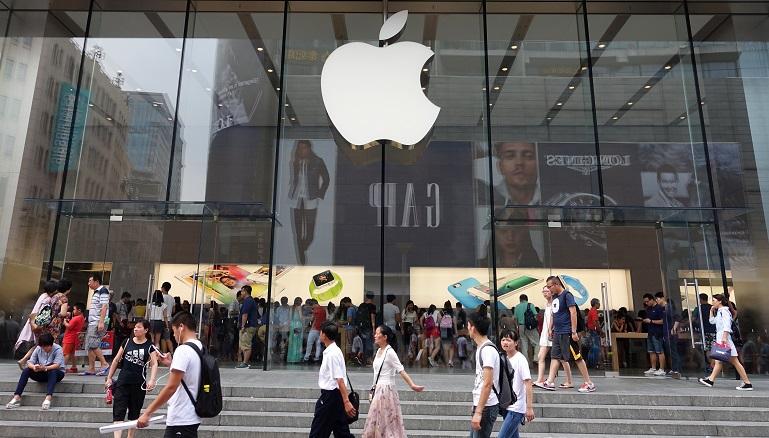 Έφηβος μήνυσε την Apple και απαιτεί 1 δις αποζημίωση!