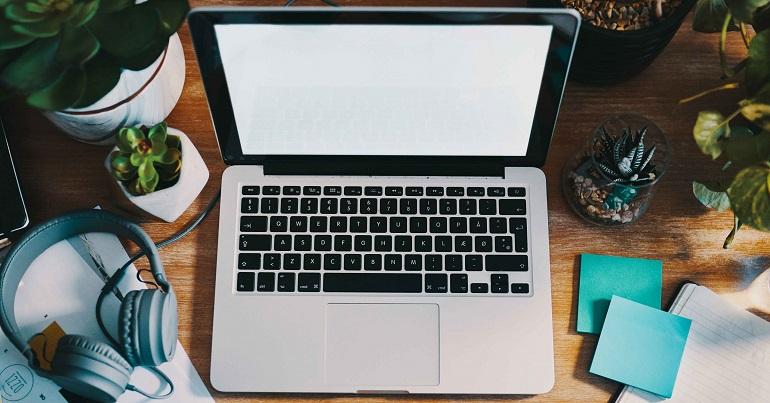 Δουλεύεις στο σπίτι; Μάθε πώς να καθαρίζεις τις συσκευές σου.