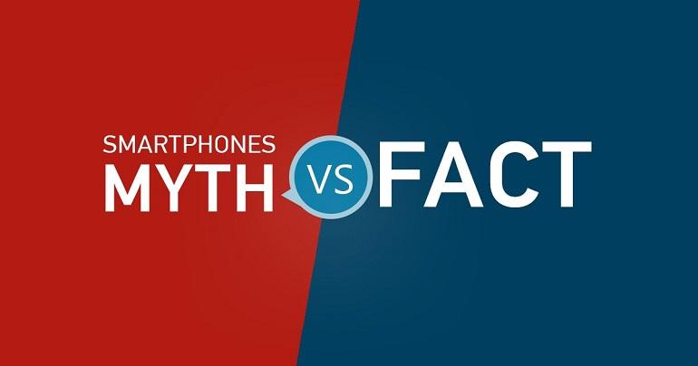 Οι 4 μύθοι για τα smartphones που έχεις ακούσει (και πίστεψες).
